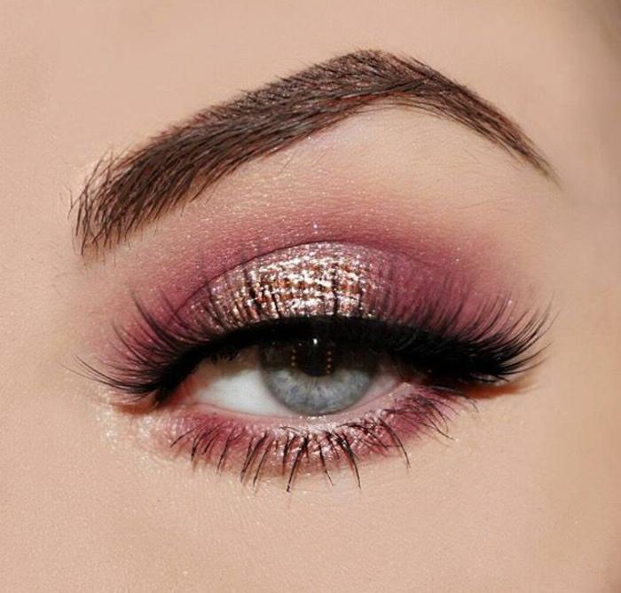 sombras en colores con toque metálico, maquillaje ojos de encanto con raya del ojo delineada en negro