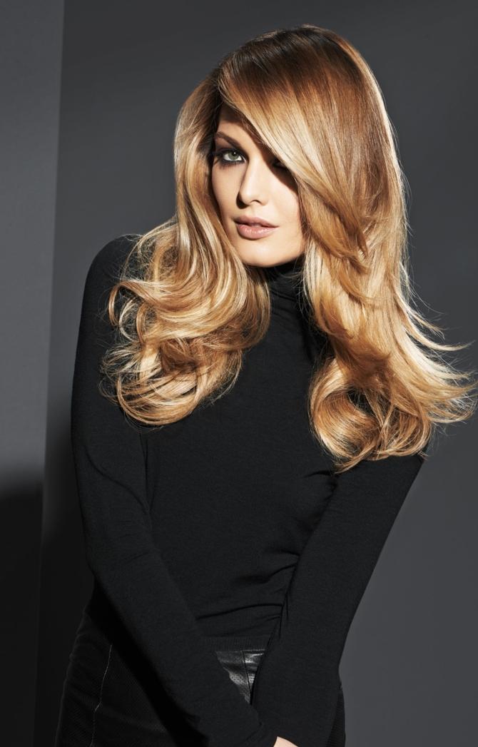 tendencias cabello largo, pelo rubio miel con balayage, corte degradado con puntas hacia fuera, cortes de pelo mujer 2018
