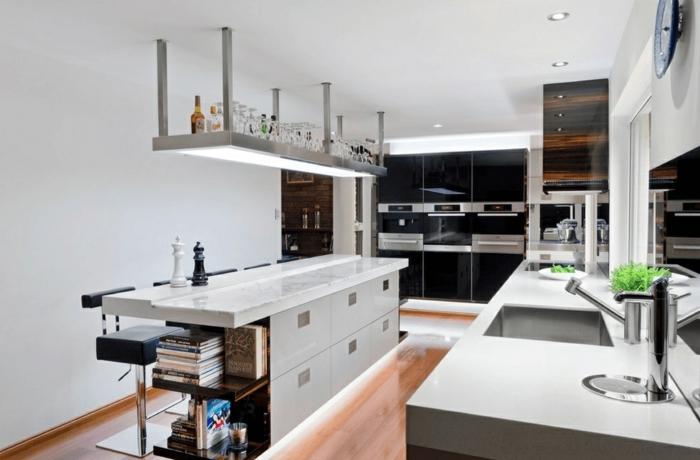 decoración en estilo contemporáneo, cocinas modernas con isla multifuncional abiertas al salón