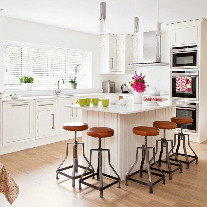 pequeña cocina con isla, ejemplos de cocinas comedor, cocinas modernas con isla en blanco