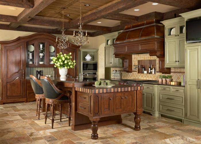 cocinas modernas fotos, grande cocina decorada en estilo vintage con isla de madera y sillas