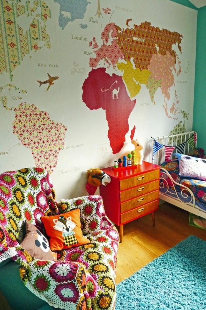 decoracion de habitacion en colores llamativos, pared decorada depapel para forrar muebles