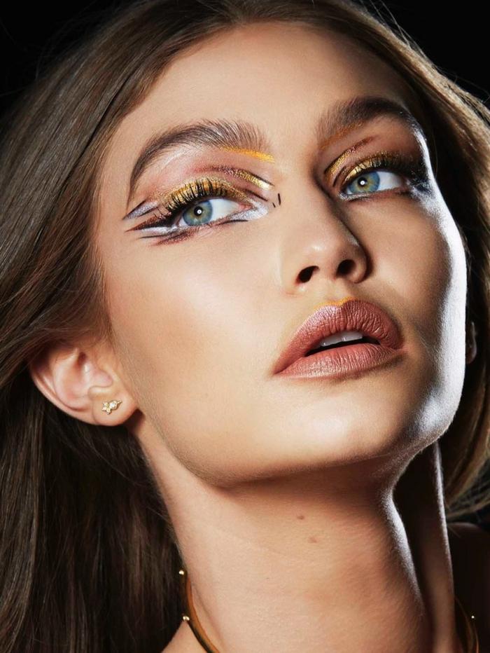 ideas extravagante de maquillaje, tendencias 2018 para los ojos, maquillaje paso a paso