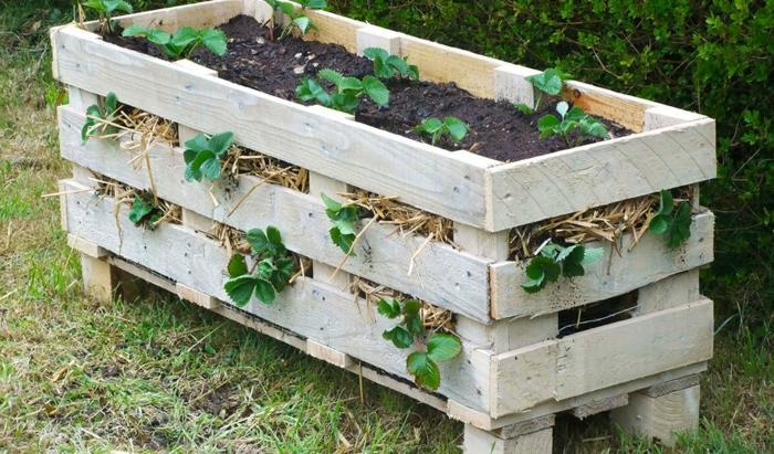maceteros y jardineras de palets hechos a mano paso a paso, bonitas ideas para decorar tu jardín