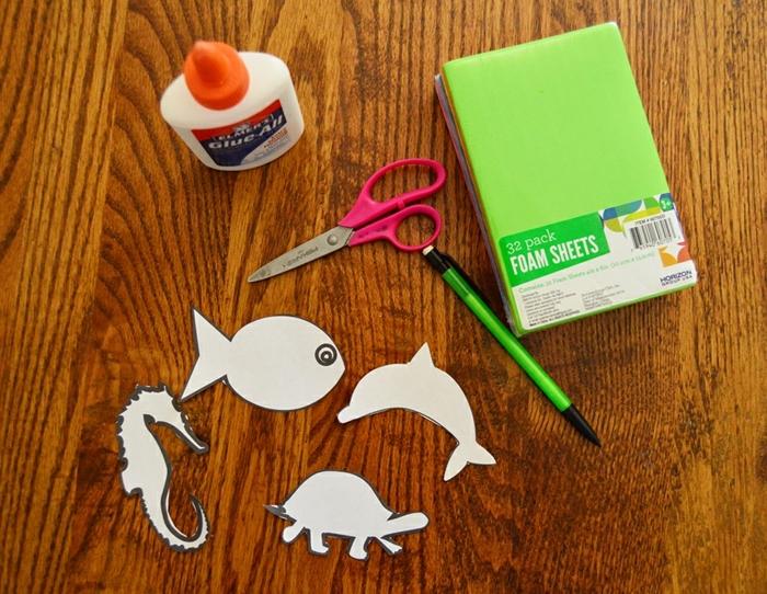 cosas que necesitas para elaborar unas simpáticas figuras para lapices DIY, manualidades con goma eva paso a paso