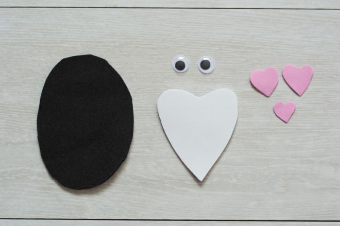 como hacer un pinguino DIy de goma eva paso a paso, muñecas goma eva fáciles de hacer con tutoriales