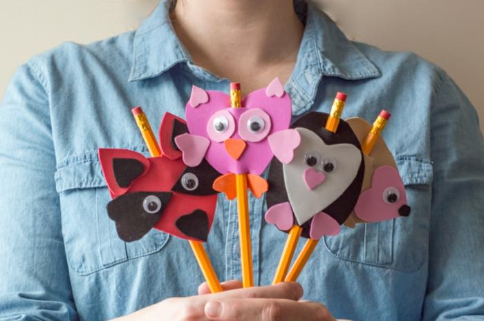 ideas de manualidades con goma eva faciles para pequeños y adultos, figuras de animalitos hechos de goma eva