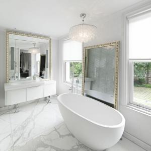 Ideas de decoración de baños blancos modernos que enamoran