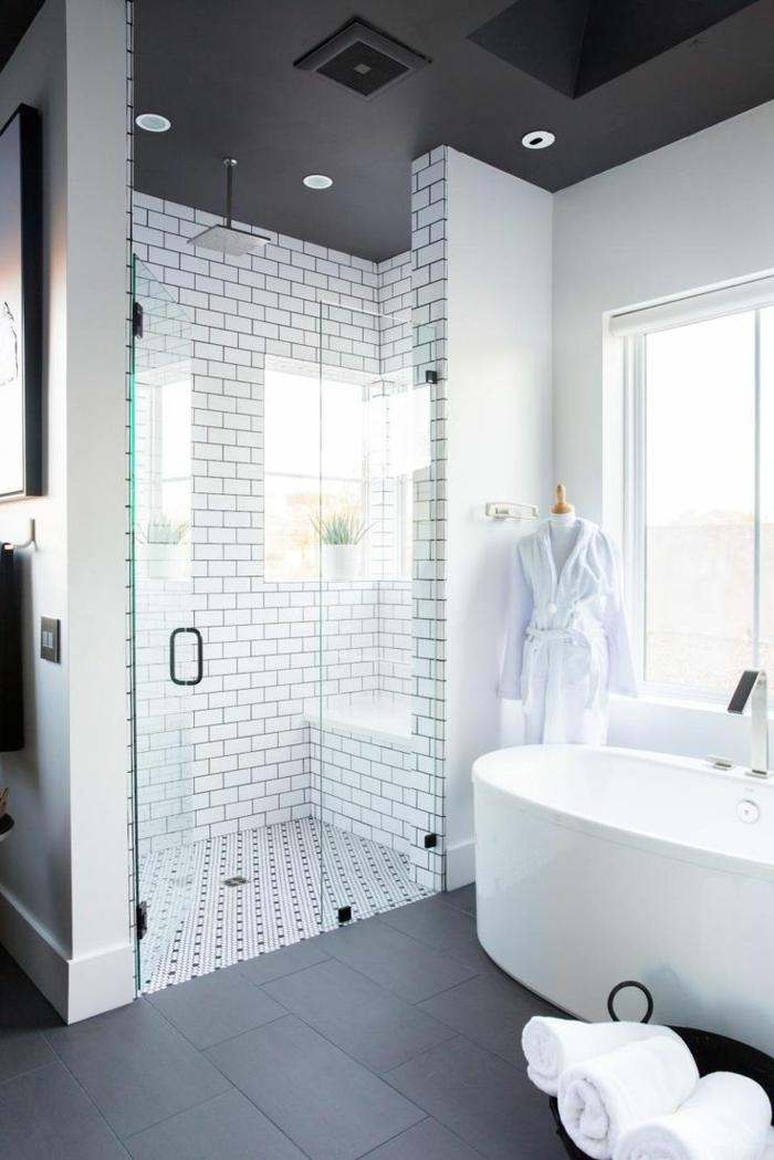 decoracion baños original en blanco y negro, baños blanco y negro con azulejos imitando ladrillos