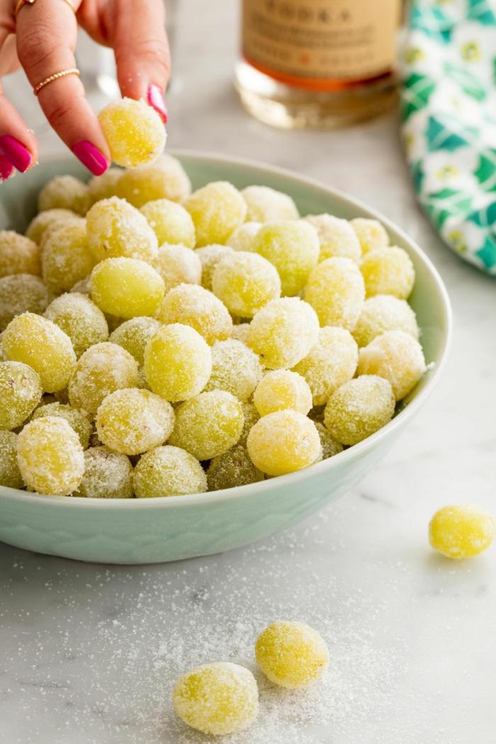 uvas azucaradas, ideas de meriendas originales y postres veganos, más de 160 imagenes de postres para preparar en casa