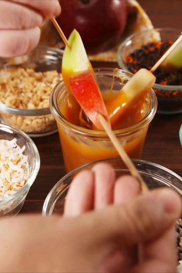 ideas de postres con manzanas para hacer en casa, fotos con ideas de meriendas saludables y originales, recetas de postres faciles y rapidos