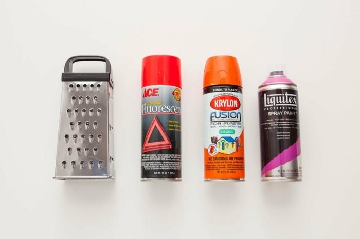 materiales necesarios para hacer manualidades con reciclaje, decoracion con reciclaje, cepilladora, pintura en spray