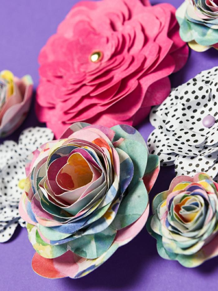manualidades con cartulina paso a paso, cuadro decorativo con flores tridimensionales hechas a mano