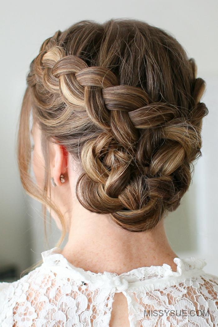 elegante propuesta peinados con trenzas para ocasiones formales, recogido con varias trenzas