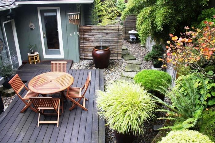 como maximizar el espacio en un jardín pequeño, jardines rusticos de encanto con muchos arbustos