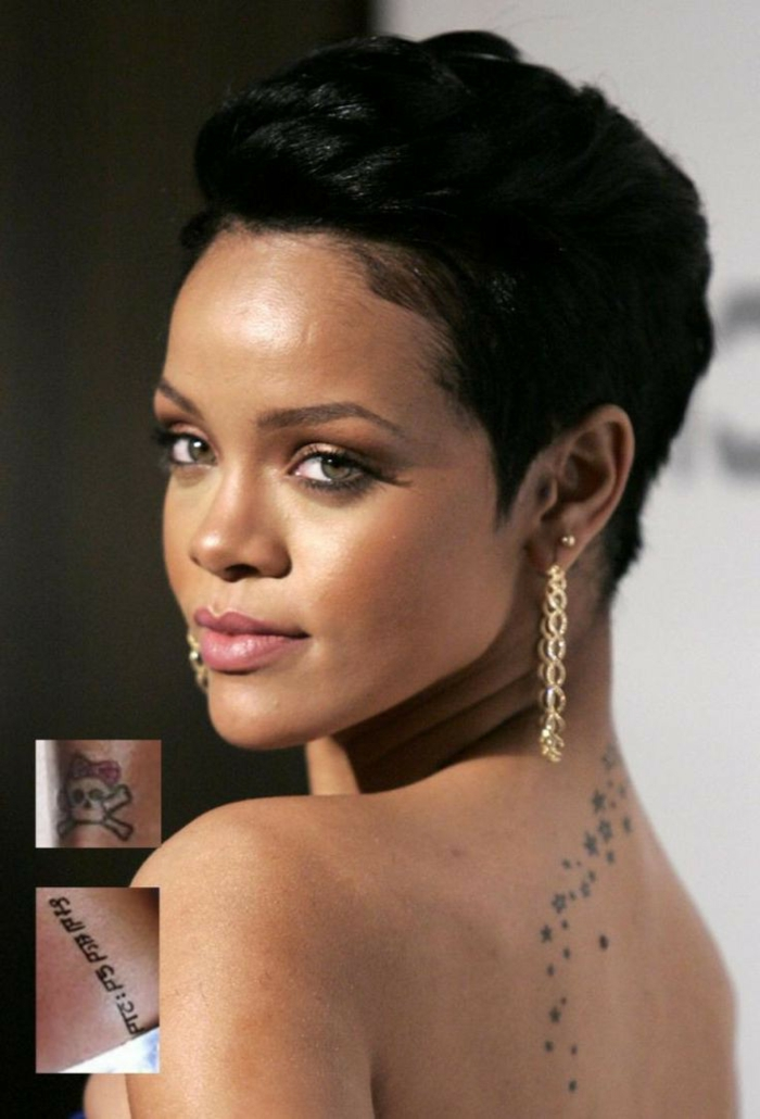 cortes de pelo chica, Rihanna con pendientes largos de cadena y con corte de cabello al estilo bob en color negro y maquillaje suave