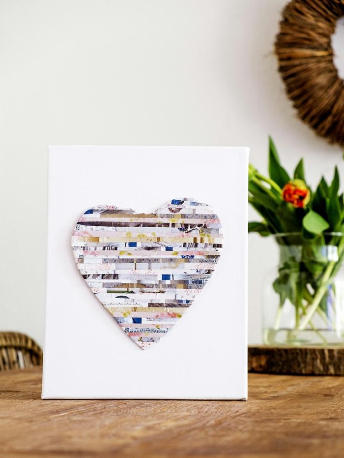 manualidades decoracion paso a paso, cuadro decorativo con trozos de papel reciclada