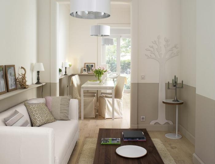 sofas pequeños, salon pequeño ralacionado con el comedor sin puerta, transitorio