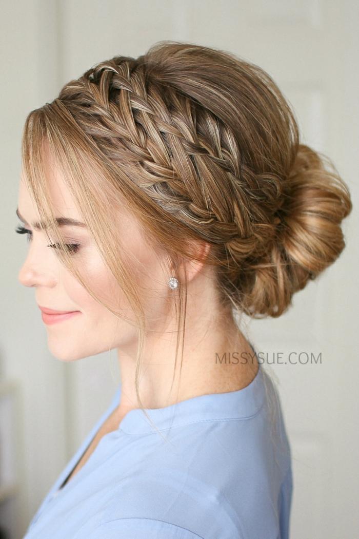 pasos para hacer un moño elegante con trenzas en el pelo, ideas de peinados mujer modernos y originales