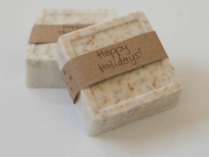 jabones naturales decorativos hechos a mano con base de jabón de leche de cabra, recetas paso a paso