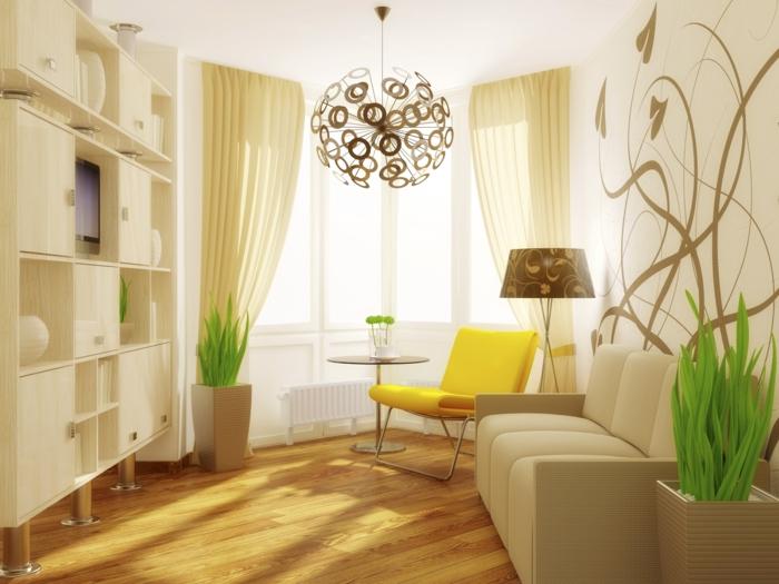 decorar salon pequeño cuadrado, sillon en amarilocon cortinas altas en beige y lampara de circulos