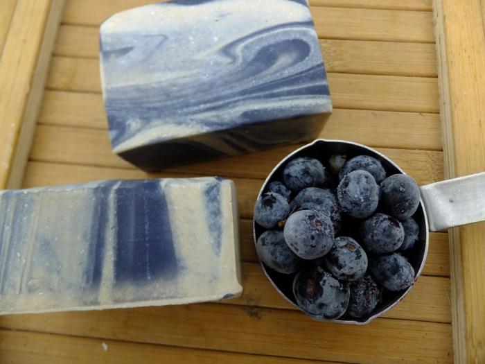 recetas fáciles sobre como hacer jabon con aceite natural y frutas, colorantes orgánicos para hacer jabón