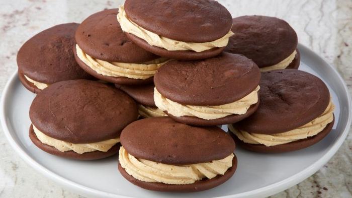 recetas de postres faciles y rapidos, pasteles de whoopie con crema, ideales para hacerlos en casa