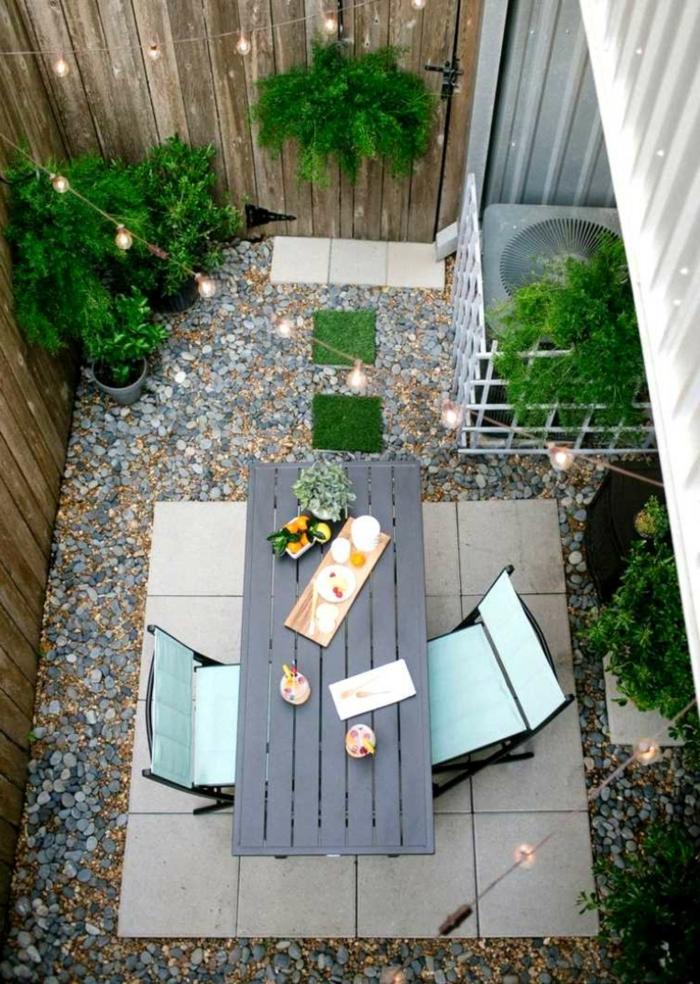 decoracion de jardines pequeños de encanto, como convertir un espacio exterior pequeño en un rincón de relax y encanto
