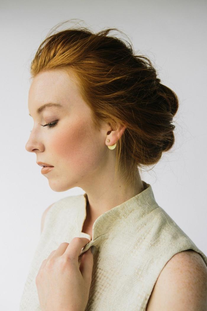 peinado elegante con trenza holandesa invertida, trenza de lado de raíz ideas, recogidos elegantes