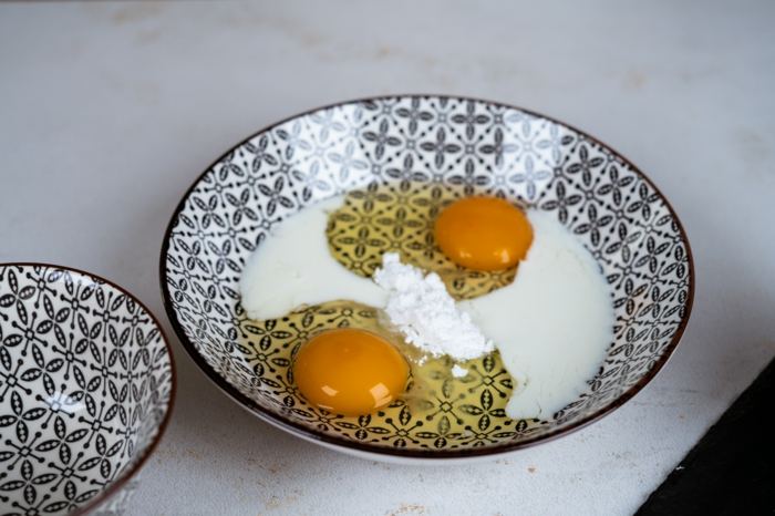 mezcla para hacer tostadas francesas, huevos batidos con leche y azucar en polvo, ideas de recetas fáciles y rápidas