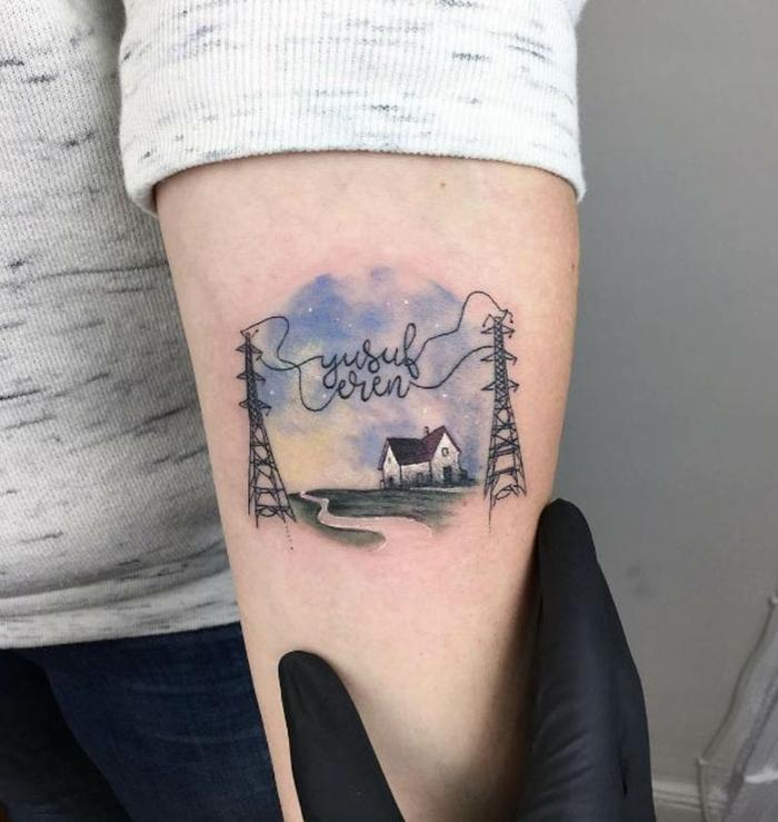ideas tatuajes familia simbolos, pintura acuarela, diseño de tatuajes originales en el antebrazo