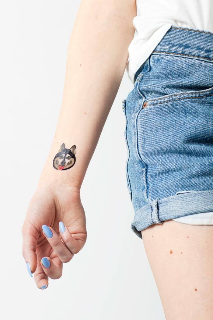 diseños de tatuajes con significado, ideas para tatuajes simbolicos, dibujo de pero, simbolo de la fieldad