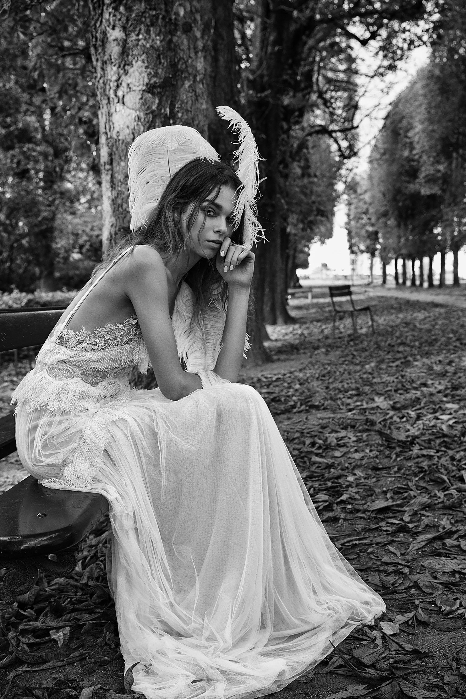 precioso diseños de vestidos de novia inspirados en la ropa ibicenca, vestido largo de encaje