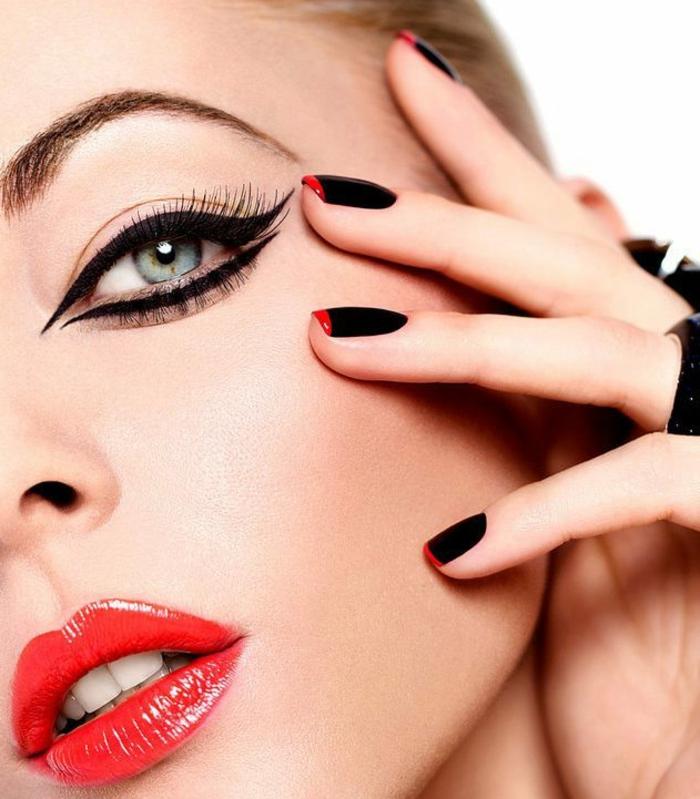 combinacion sofiscitada de negro y rojo, manicura francesa moderna, tendencias uñas 2018, uñas decoradas en rojo y dorado