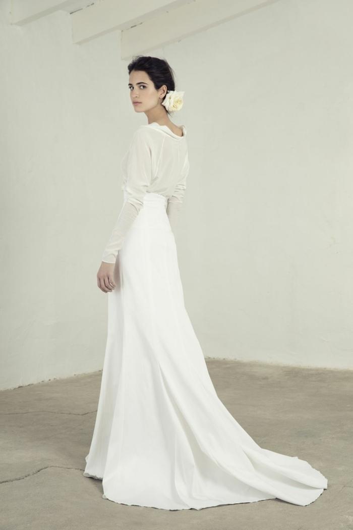 precioso diseño en blanco nuclear y color champán, ideas de vestidos de novia ibicencos 2018