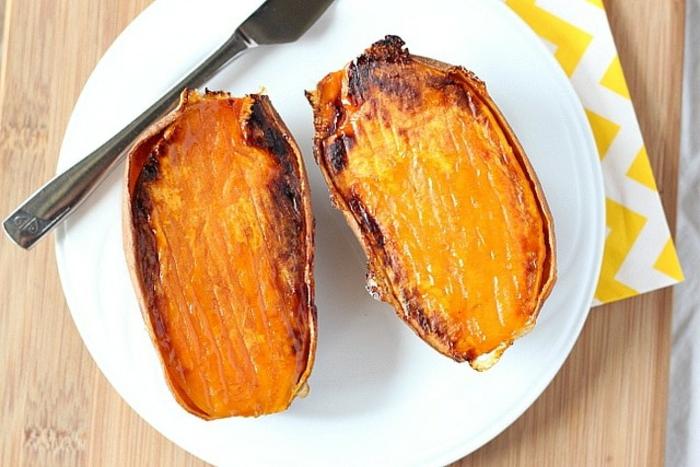 ricas ideas para cenas rapidas y saludable en familia, batatas cocidas, ideas para un menú equilibrado
