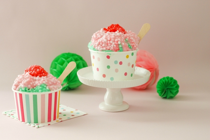 bonitas ideas de decoración DIY con slime, ingredientes slime, manualidades para los pequeños