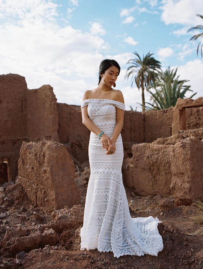 precioso diseño de vestido de novia a la moda ibicenca con hombros caídos, vestidos de encaje 2018
