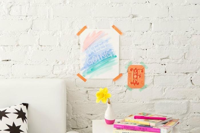originales regalos amigas, cuadro decorativo para la pared en colores pastel con mensaje escondido
