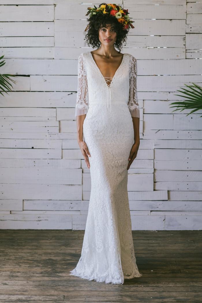 precioso ejemplos de ropa ibicenca mujer para novias, vestido en blanco nuclear con partes de encaje