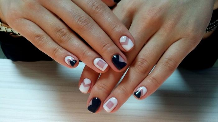 uñas con elementos gráficos, decorado de uñas en blanco y negro, diseño moderno 2018