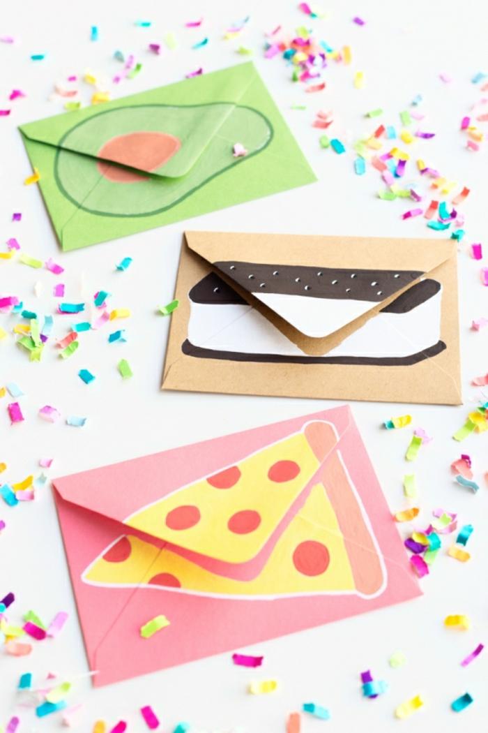 coloridas tarjetas DIY, ideas para regalar a una amiga en el día de su cumpleaños, tarjetas con dibujos