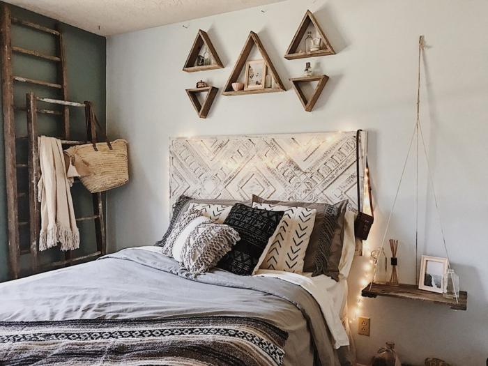 decorar habitacion matrimonio pequeña toque rustico, paredes decoradas en blanco, cama con cabecero