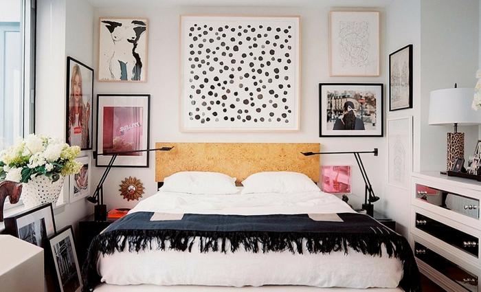 ideas de decoración cuadros dormitorio matrimonio, habitación pequeña con mucha decoración