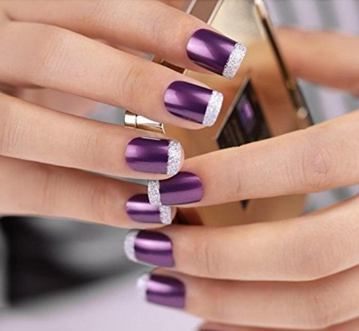 combinación elegante de color lila con plateado, decorado de uñas original para ocasiones oficiales, uñas decoradas francesa de colores