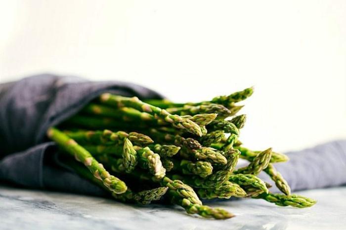 que cocinar con esparragos, algunas ideas de comidas ricas y super saludables para hacer en casa