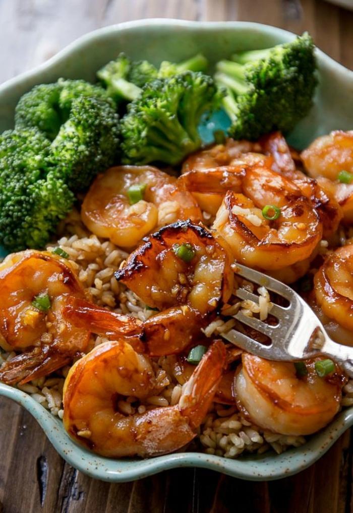 como preparar gambas con arroz y brocoli, cenas ligeras y rapidas en fotos para un menu equilibrado