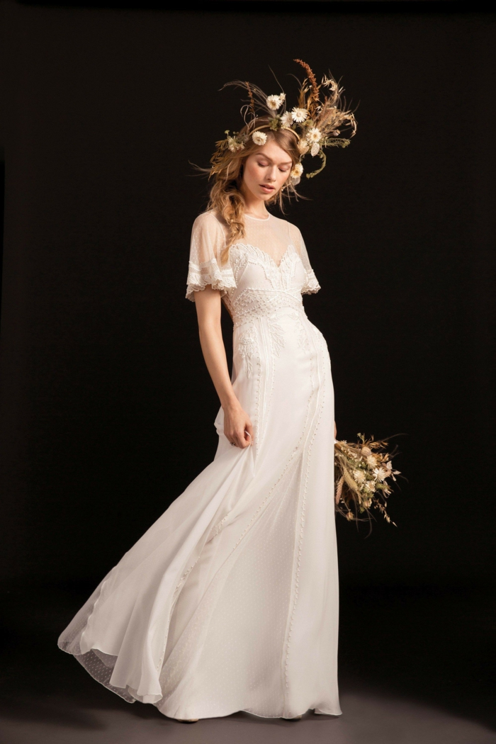 propuesta muy elegante, vestidos ibicencos baratos, vestido largo color blanco roto con mangas cortas y escote ilusión