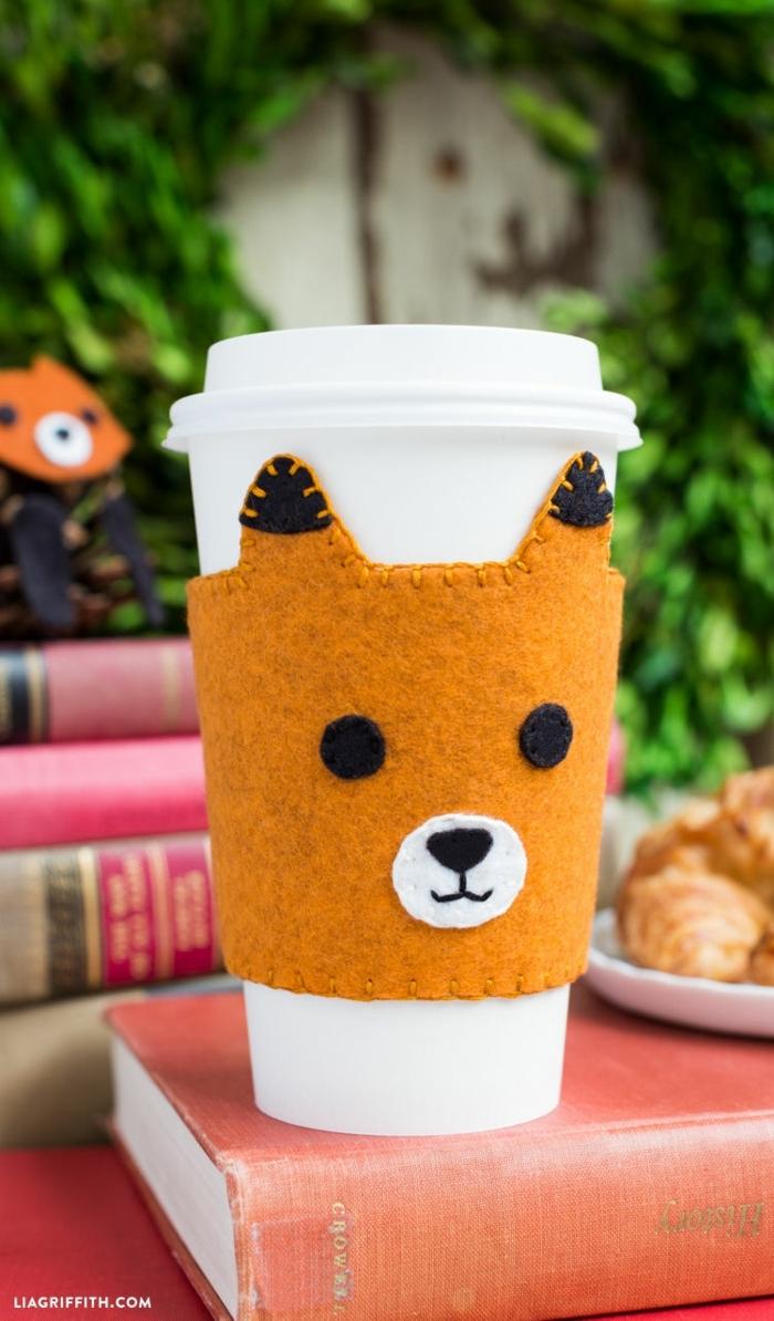 preciosa taza personalizada, portatazas en forma de zorro, originales propuestas de regalos mejor amiga