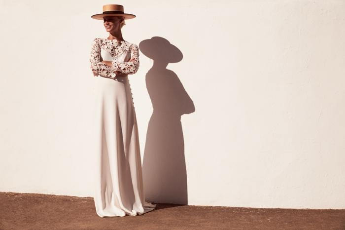 precioso ejemplo de vestidos ibicencos baratos, vestido largo de sega con escote y mangas de encaje